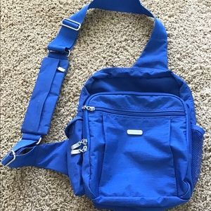 Baggalini crossbody backpack in electric blue 💙